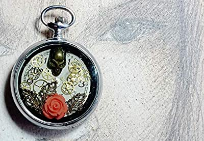 Pendentif unisexe, boitier recyclé de montre gousset vintageen acier, résine, crane, cadran & rouages de montre mécanique, fleur de corail, bijou gothique/steampunk, hommes & femmes