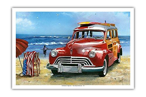 Pacifica Island Art - Surfin' USA - Retro Woodie mit Surfbrettern am Strand - Gemälde von Scott Westmoreland - Kunstdruck 31 x 46 cm