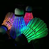 UChic 4 Teile / paket Bunte LED Badminton Shuttle hahn Dark Night Glow Birdies Beleuchtung Badminton Ball Indoor Sport Flash Farben Bei Farbe Zufällig