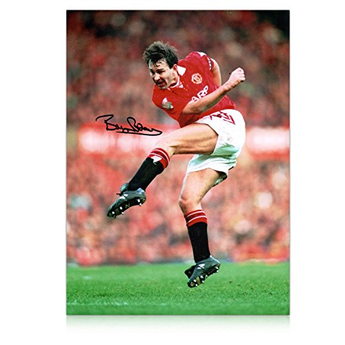 9309c010fee Exclusive Memorabilia Bryan Robson Signed Manchester United Photo