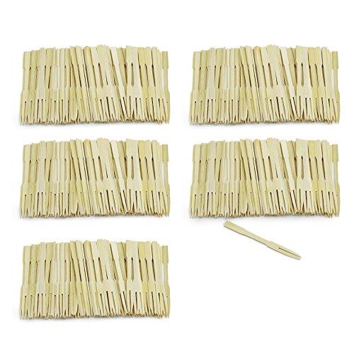 COM-FOUR® 500x Brochettes fingerfood en bois de bambou - brochettes en bois à deux griffes - idéales pour les buffets ou les repas gastronomiques (500 pièces - 9cm avec des dents)