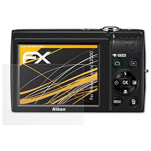 atFoliX Panzerfolie kompatibel mit Nikon Coolpix S2500 Schutzfolie, entspiegelnde und stoßdämpfende FX Folie (3X) (S2500 Kamera Nikon)