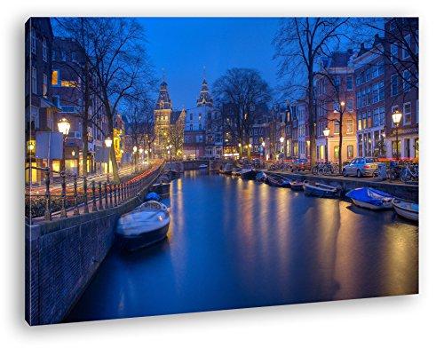 Preisvergleich Produktbild Kanal in Amsterdam bei Nacht Format: 120x80 als Leinwand, Motiv fertig gerahmt auf Echtholzrahmen, Hochwertiger Digitaldruck mit Rahmen, Kein Poster oder Plakat
