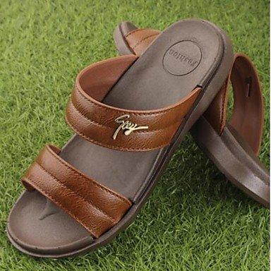 Slippers & amp da uomo;Estate slingback gomma casuale piani del tallone sandali marrone nero sandali US10 / EU43 / UK9 / CN44