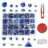 MWOOT 700 Piezas Diamantes de Acrílicas para Decorar Prendas Ropa Manualidades, Kit de Piedras Decorativas (Varios Tamaños y Formas) con Tijera de Costura, Agujas y Cordón, Azul Perlas