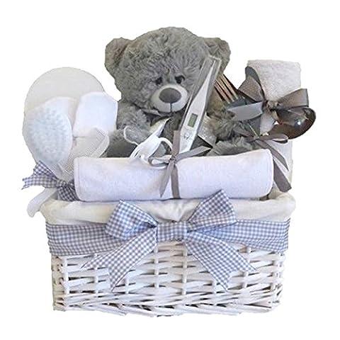 Shimmer Wicker Unisex Baby Gift Basket / Baby Hamper / Unisex Baby Shower Gifts / Neutral Newbornl Gift / Maternity Gift / Unisex Baby Hamper / Christening Gift / FAST