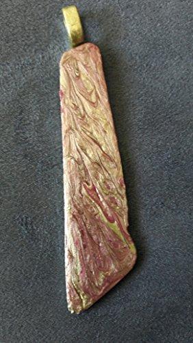 Shellac Creations - Diese schlicht wirkende Anstecknadel zeigt ihre Eleganz durch das changierede Muster in zartpink/goldenen Farbtönen. Größe: ca. 7 x 1,5 cm