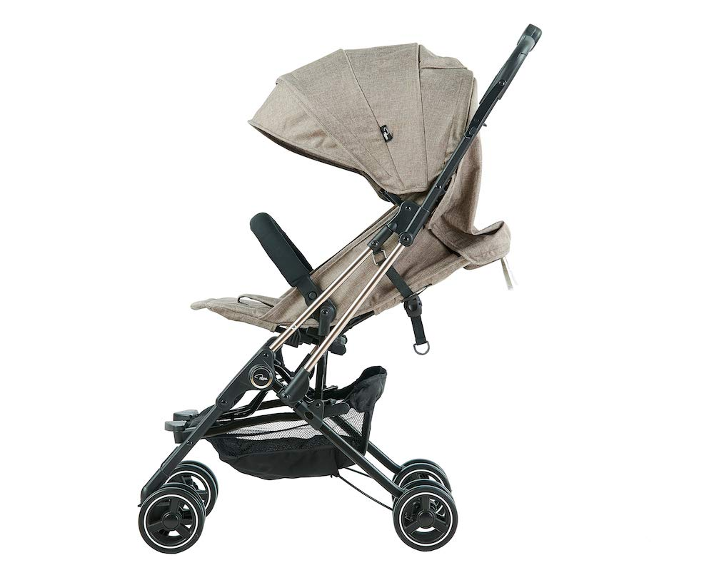 Roma Capsule² Compact Airplane Travel Buggy from Newborn Only 5.6 kgs + Rain Cover, Insect Net and Travel Bag - Tweed with a Rose Gold Chassis Roma Compact lie-back stroller - suitable from newborn to 15 kgs Includes rain cover, insect net, travel bag Locked and swivel wheels, shopping basket, 8