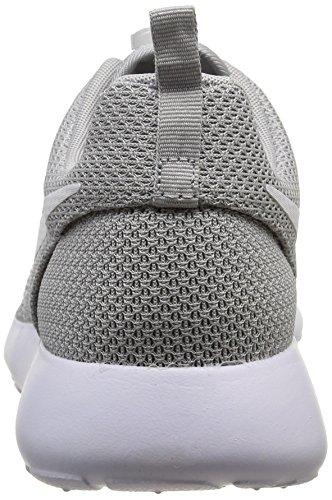 Nike Nike Rosherun, Baskets mode homme Blanc (Wolf Grey/White)