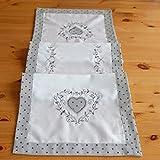 heimtexland Tischläufer MODERN LANDHAUS 40 x 140 cm Stickerei Herz mit Pünktchen grau weiß Tischdecke Shabby Chic Punkte Typ523