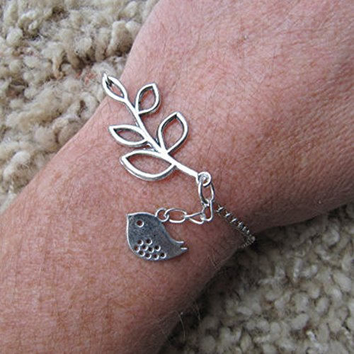 stylish-leaf-with-bird-charm-bracelet-for-unisex
