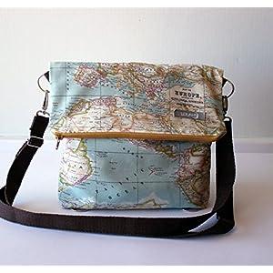 Bolso – Mochila – La vuelta al Mundo – Bolso bandolera convertible en mochila, hecho a mano en lona mapamundi y algodón