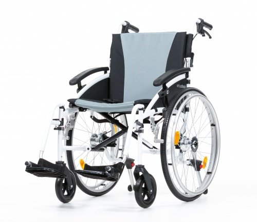 Leichter Rollstuhl Leichtgewichtrollstuhl Zebra mit Steckachsen, Trommelbremse TB, Kippschutz Größe 46 cm