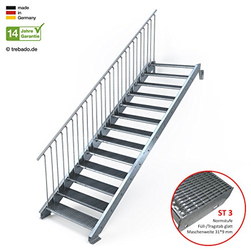Außentreppe 13 Stufen 110 cm Laufbreite - einseitiges Geländer links - Anstellhöhe variabel von 216 cm bis 260 cm - Gitterroststufe ST3 - feuerverzinkte Stahltreppe mit 1100 mm Stufenlänge als montagefertiger Bausatz