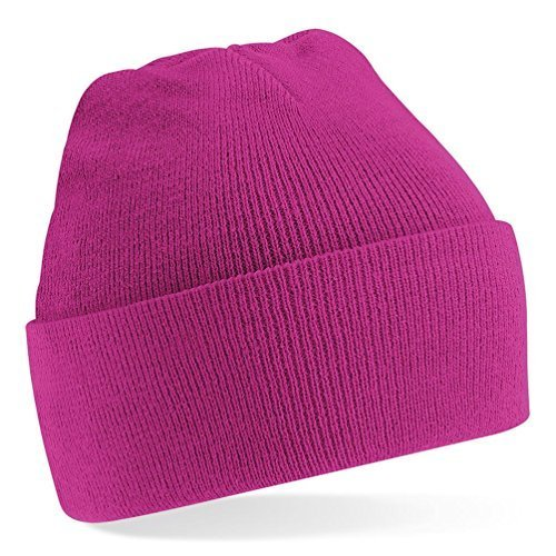 (Beechfield Knitted hat with turn up in Fuchsia)
