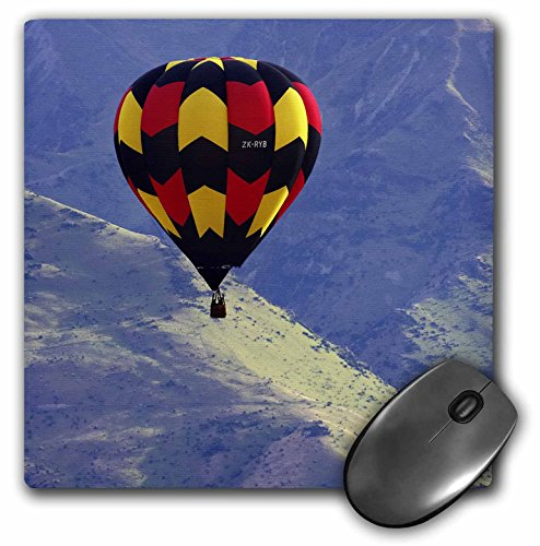 danita-delimont-hot-air-balloons-hot-air-balloon-and-mountains-south-island-new-zealand-au02-dwa4646