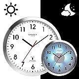 Cander Berlin MNU 5230 Weiße Funkwanduhr aus Aluminium mit lautlosem Uhrwerk, Lichtsensor und 5-Stufen-Zifferblattbeleuchtung (dimmbar) - 30,5 cm 12 Zoll (Ø) - kein nerviges Ticken