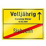 Casa Vivente Ortsschild mit Aufdruck Zum 18. Geburtstag – Volljährigkeit – Personalisiert mit [Namen] und [Datum] – Aluminium-Schild – Wand-Dekoration – Geburtstagsgeschenke – Maße: 20 x 26,5 cm