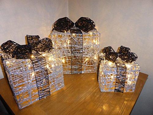 beleuchtete-weihnachtsdekoration-geschenkboxen-glitter-silber-schwarz-in-innenraumen-und-im-freien-z