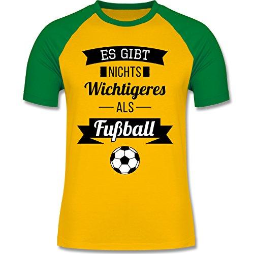 Shirtracer Fußball - ES Gibt Nichts Wichtigeres Als Fußball - Herren Baseball Shirt Gelb/Grün