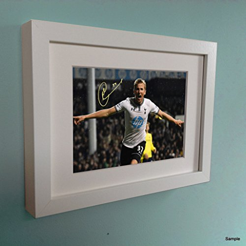 Signed-Harry-Kane-Autographed-Tottenham-Hotspur-Spurs-Photo-Picture-Frame-Photograph