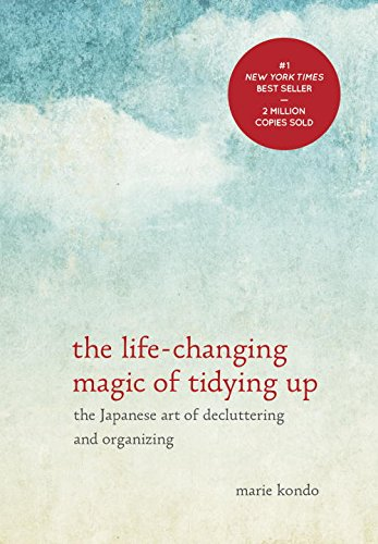 Buchseite und Rezensionen zu 'The Life-Changing Magic of Tidying Up: The Japanese Art of Decluttering and Organizing' von Marie Kondo