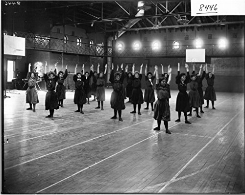 poster-women-performing-calisthenics-exhibition-in-herron-gymnasium-1908-3734-womens-education-physi