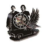 12 inches 3D Black Hollow Supernatural Thema LED Record Uhr Fliegende Auto Form Vinyl Wanduhr Kreative Antiken Stil H?ngende Uhr