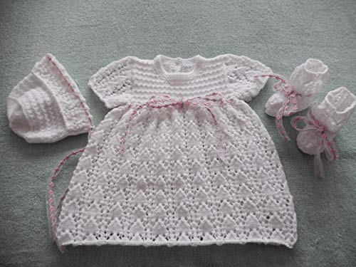 DollieBabies Knitting Pattern 50 - Gir'ls lacy Dress Set (English Edition) - Lacy Baby-sets