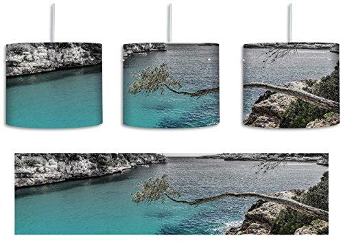 30 Cove Beleuchtung (Idyllische Ansicht des Mittelmeers am Mallorca Bay Cove B&W Detail inkl. Lampenfassung E27, Lampe mit Motivdruck, tolle Deckenlampe, Hängelampe, Pendelleuchte - Durchmesser 30cm - Dekoration mit Licht ideal für Wohnzimmer, Kinderzimmer, Schlafzimmer)