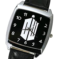 Doctor DR Who DW Logo Quartz Watch with analogue display and high quality Calf Grain Real Leather strap