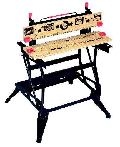 Black+Decker flexible Werkbank WM825 mit großer Arbeitsfläche / Exaktes Arbeiten dank Gradeinteilung und Orientierungslinien / Bis 250 kg belastbar / Maße (Arbeitsfläche): 74,0 x 25,0 cm - 2