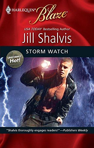 Storm Watch (Harlequin Blaze: Uniformly Hot!, Band 487)
