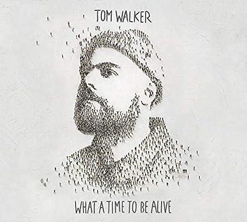 Leave A Light On  von Tom Walker