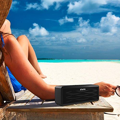 SHARKK® Boombox Bluetooth Lautsprecher Tragbarer Stereo-Lautsprecher mit 18+ Stunden Spielzeit. 10W-Lautsprecher für iPhone, iPad, Samsung und mehr - 4