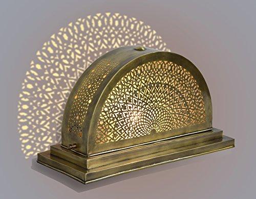 cote-transperce-le-sciage-de-frette-demi-lune-laiton-antique-marocain-lampe-de-table-en-cuivre-massi