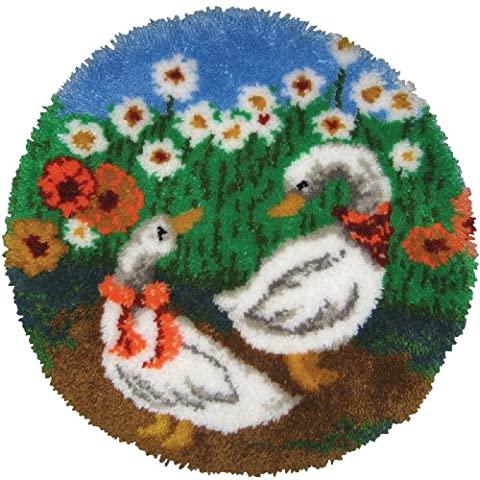 M C G Textiles 27-inch Geese Rug Latch Hook Kit