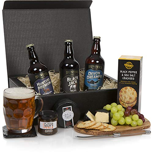 Beer and Cheese Hamper - The Real Ale Hamper For Him - The Perfect Gift For The Beer Lover - Men's Birthday Gifts - Free UK Delivery