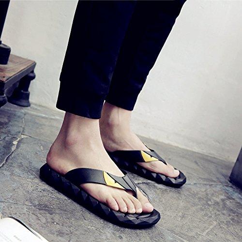 Chaussons, chaussures de plage dété des hommes, broches fond épais, balai à franges cool hommes, grande taille antidérapante flip flops black
