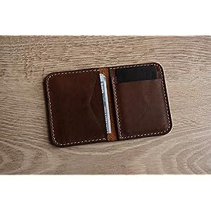 Brauner Leder Kartenhalter & Geldbörse in einem. Echt verrücktes Pferd slim Kartenhalter in einem minimalistischen Design. Kleiner Kartenhalter in einer Fronttasche rutschen
