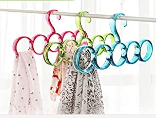 Mayatra's Single Piece 5-Circle Plastic Ring Hanger for Scarf, Shawl, Tie, Belt, Closet Accessory Wardrobe Organizer (Assorted Colors)