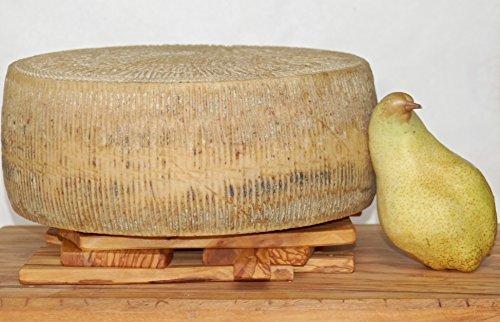 Formaggio Pecorino Stagionato del Pastore forma da 8 kg stagionatura 1 anno
