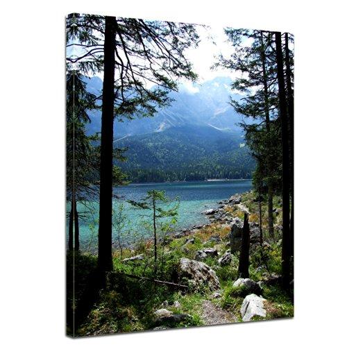 Wandbild - Eibsee mit Zugspitze - Deutschland - Bild auf Leinwand - 40x50 cm - Leinwandbilder - Landschaften - Bayern - Gebirge - Wald