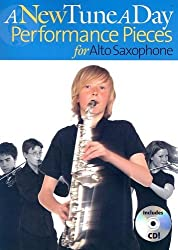 A New Tune a Day - Performance Pieces for Alto Saxophone by Ned Bennett (2006-01-01)
