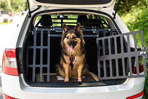 Kofferraumgitter ROCKY II - passend für alle Automarken und Hunderassen