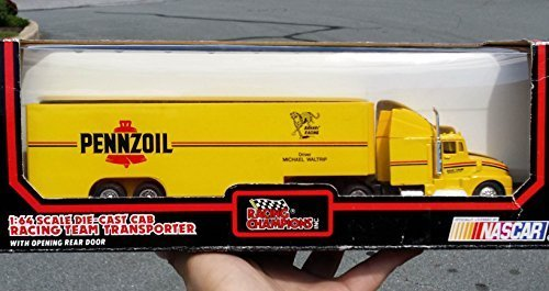 pennzoil-racing-team-transporter-by-racing-champions