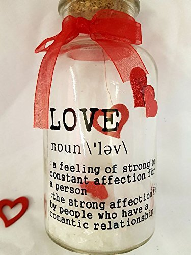 glass-love-quote-jar-with-internal-decorations