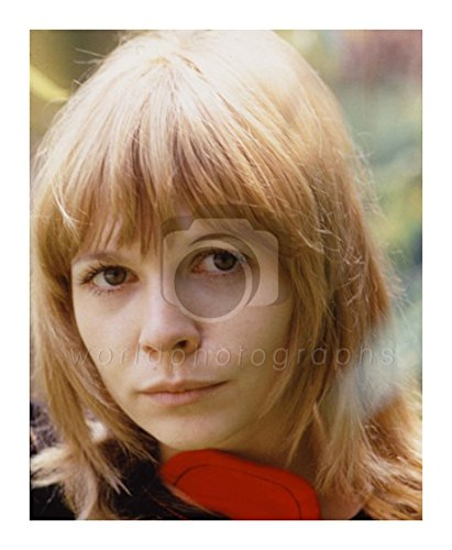 Doctor Who (TV) Katy Manning 10x8 Photo