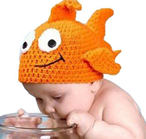 dayan-hecho-a-mano-de-punto-con-orejeras-gorra-de-goldfish-del-muchacho-del-bebe-apoyos-de-la-fotogr