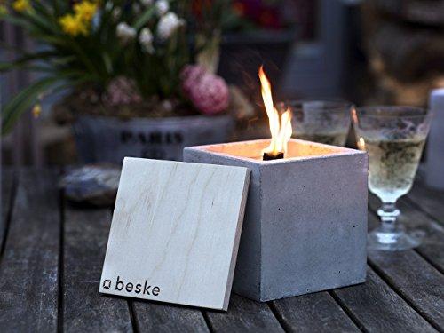 Beske-Betonfeuer mit 'Dauerdocht'   Größe 13x13x13   Wiederbefüllbare Gartenfackel in zeitlosem, puristischem Design   'Unendliche' Brenndauer durch umweltfreundliches Recycling von Kerzenwachs